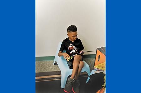 boy-in-chair