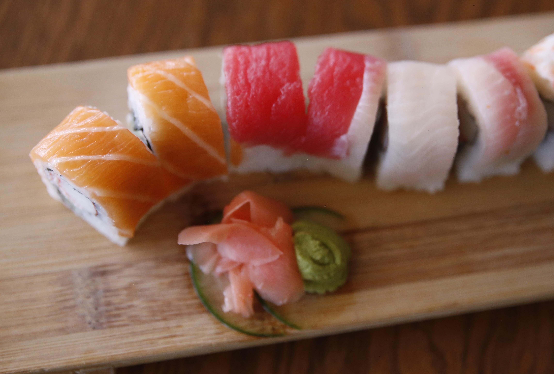 Pregnant woman dreams of sushi